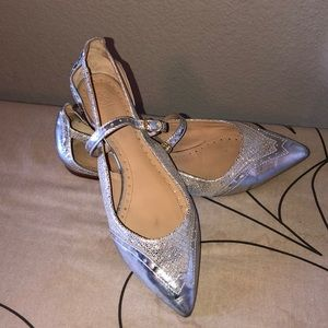 Tory Burch silver pointed flats sz11